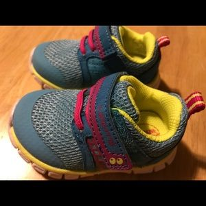 Toddler Girls Surprize by Stride Rite Size 4